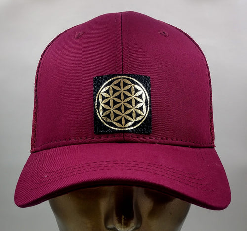 Buddha Gear Buddha Lids Buddha Wear The flower of life is one of the oldest symbols known to man and is a very powerful, sacred geometry symbol and creation pattern to meditate or do yoga with, especially with a powerful crystal! Even Leonardo da Vinci studied the Flower of Life and its mathematical properties. Metatron's Cube is a symbol derived from the Flower of Life which was used as a containment circle or creation circle.