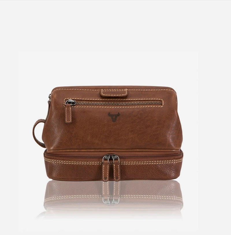 Brando Vintage Leather Wash Bag Tan