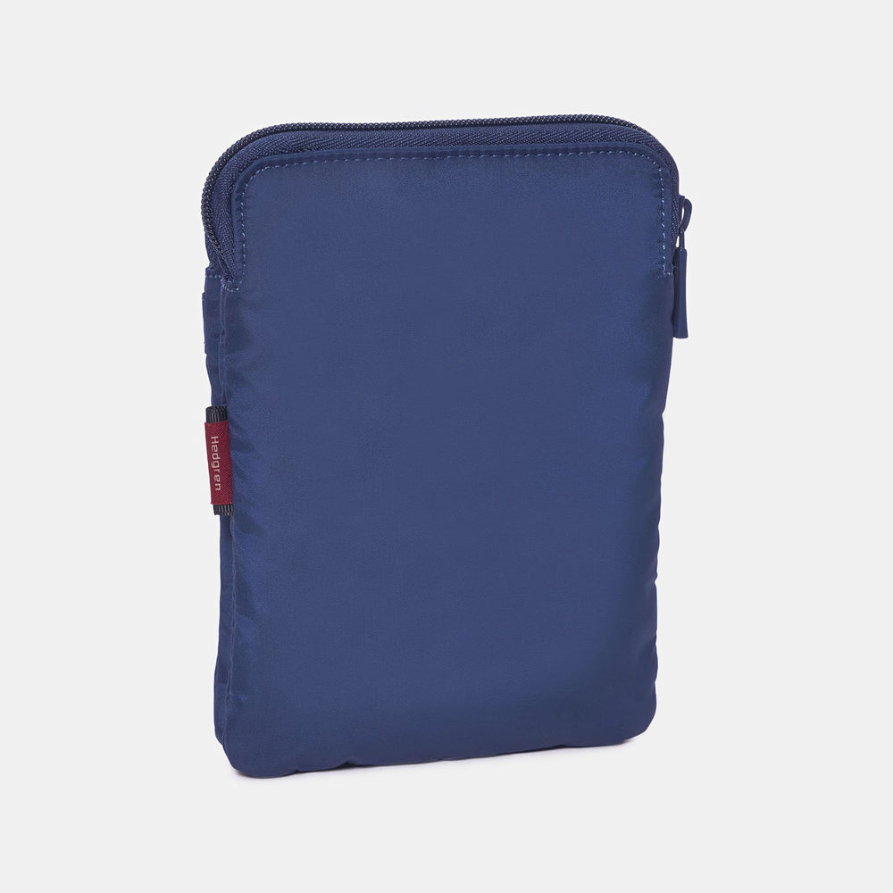 Hedgren RUPEE Passport Holder RFID
