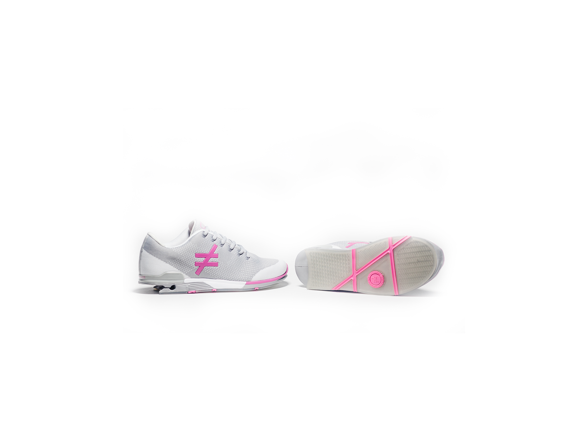 side and sole angle pair of the DIFFERENCE Runners heelless shoes pink