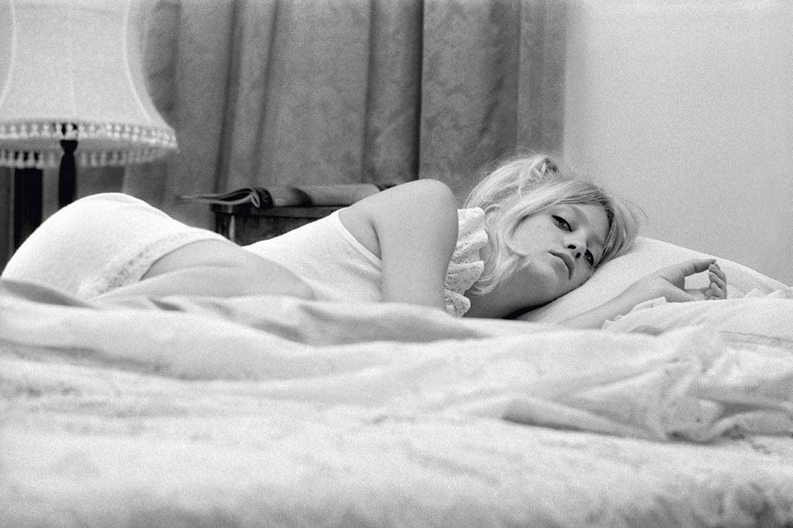 In Bed With Goldie Hawn