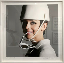 Load image into Gallery viewer, Audrey Hepburn Glasses