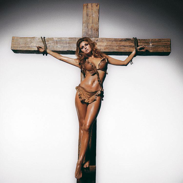 Raquel Welch On The Cross Colour