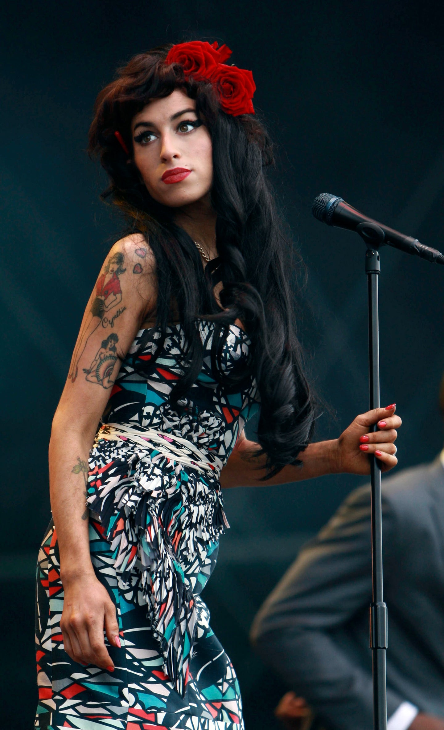 AMY WINEHOUSE PERFORMING ESSEX