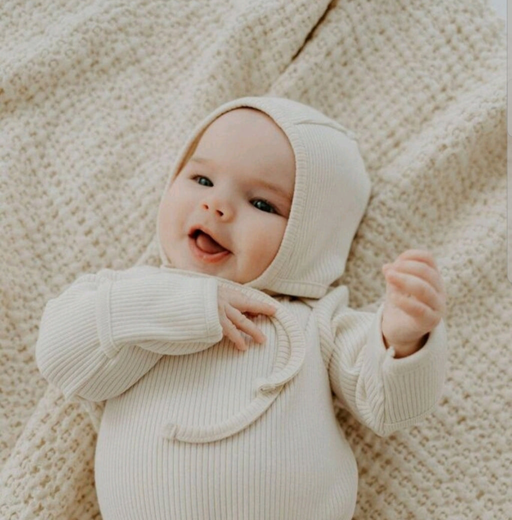 Layette Primary Ribbed Bonnet Vanilla