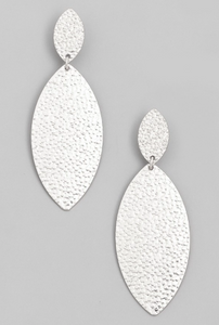 Earring Hammered Oval - Silver
