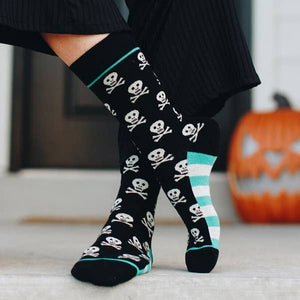 Skull and Crossbones Socks by Woven Pear