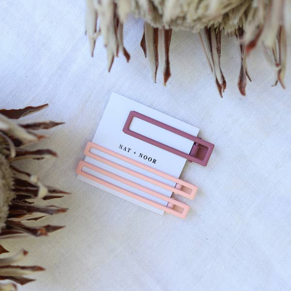 Yarrow In Pink Tones Hair Clips