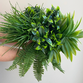 UV Stabilised Greenery Bunch