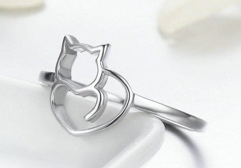 Naughty Little Cat & Heart Finger Ring