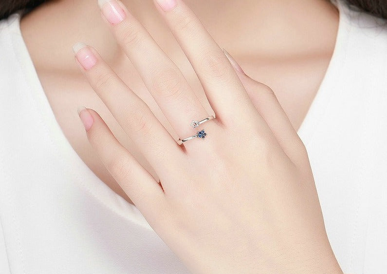 Sparkling Blue Moon Star Clear CZ Finger Ring