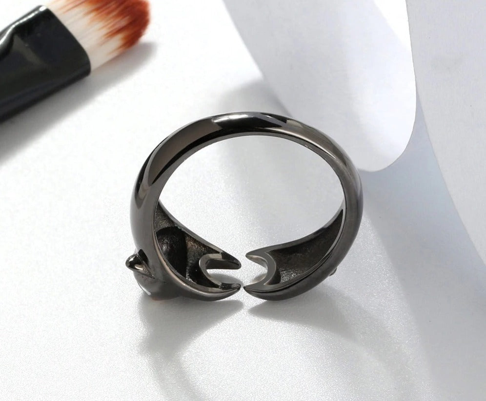 Vivid Black Stretching Cat Adjustable Size High Polished Girl Ring