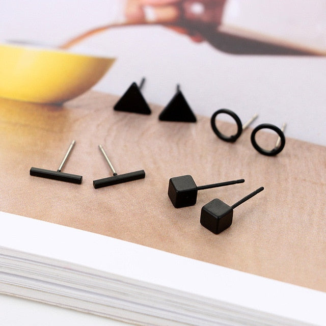 Round triangle ShapedAlloy Stud Earring