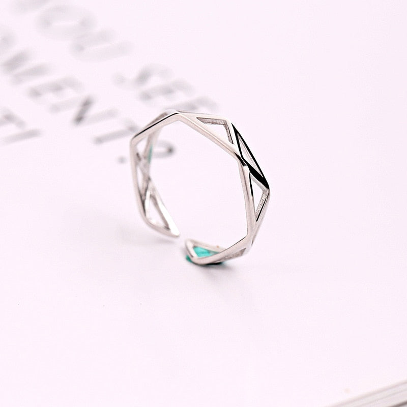 Simple Geometry Hollow Open Ring