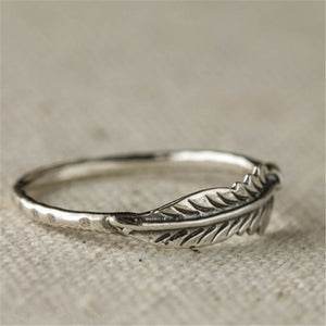 Vintage Silver Color leaf Ring