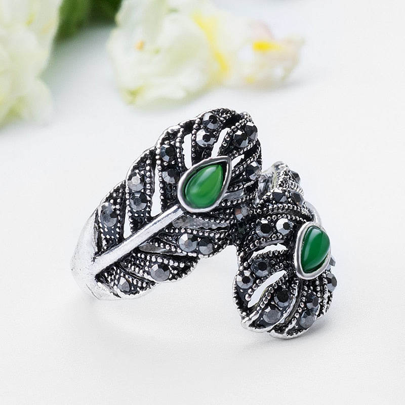 Vintage Retro Green Stone Leaf Rings