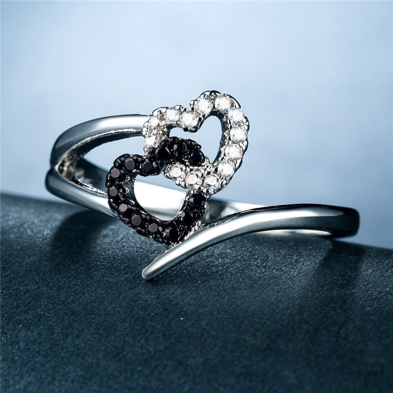 Silver-Color Bling Black and White Heart Love Ring