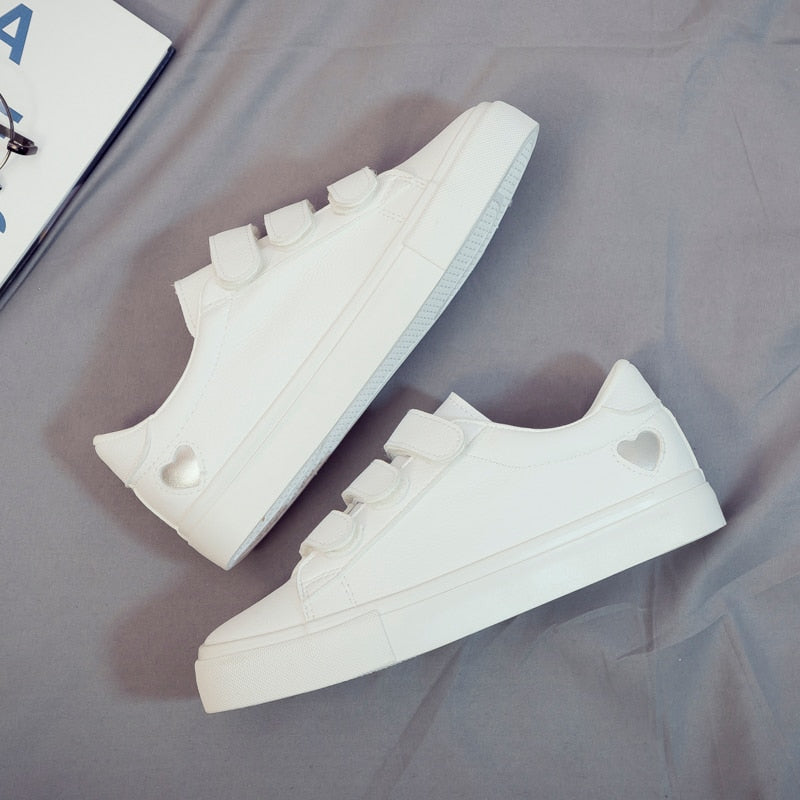Casual High Platform PU Leather Heart Casual Sneakers