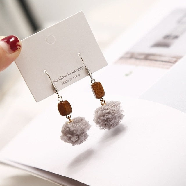 geometric pearl gray wood wool ball rhinestone flower bow Stud earring