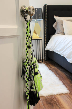 DIY Fiesta Door Tassels