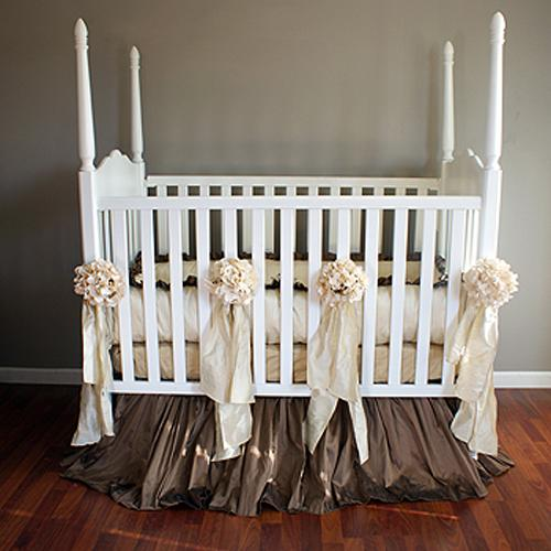 Vintage Linens Baby Bedding Set