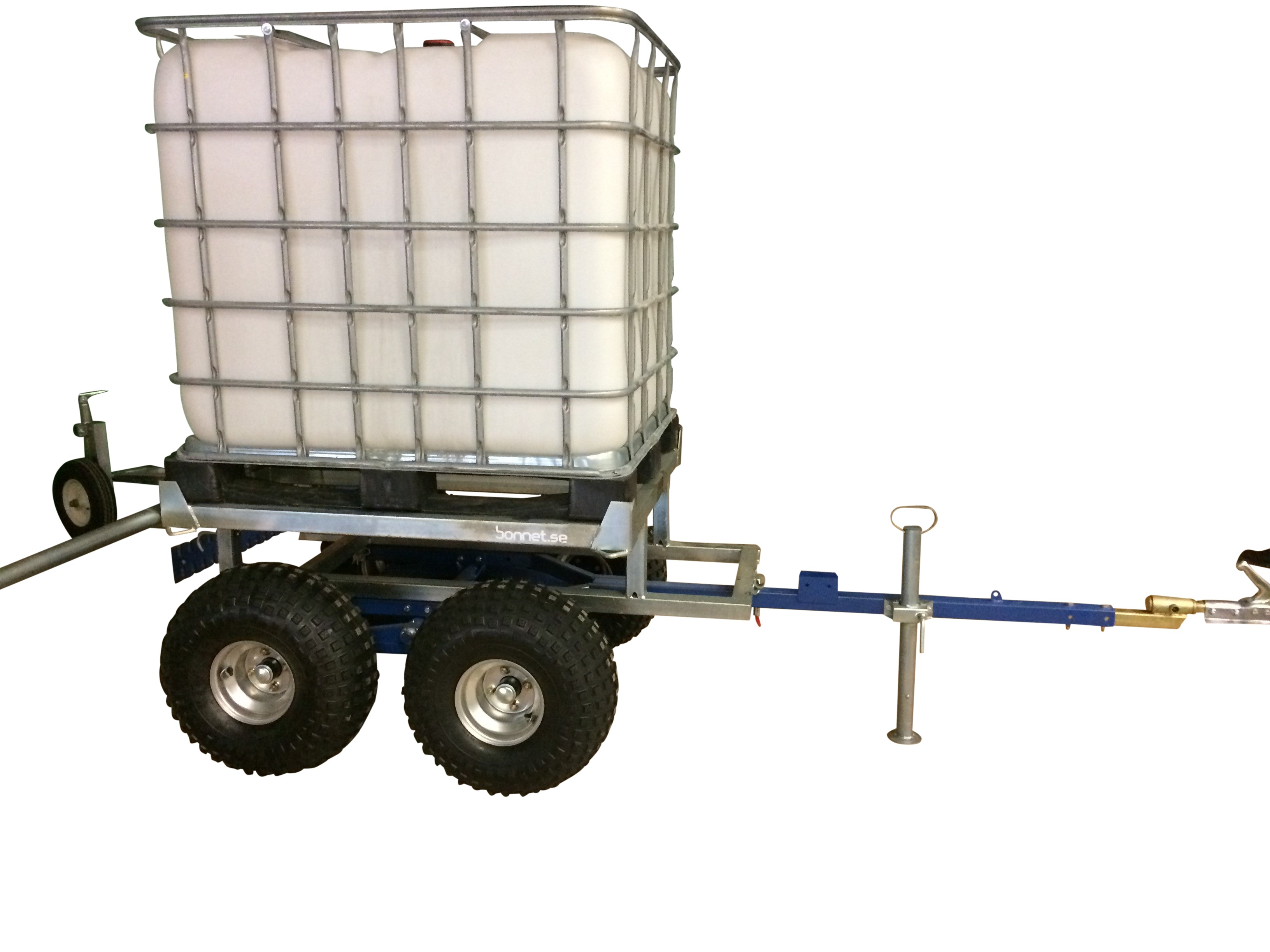 Bonnet water trailer for ATVs