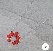 Load image into Gallery viewer, Simple red squash necklace