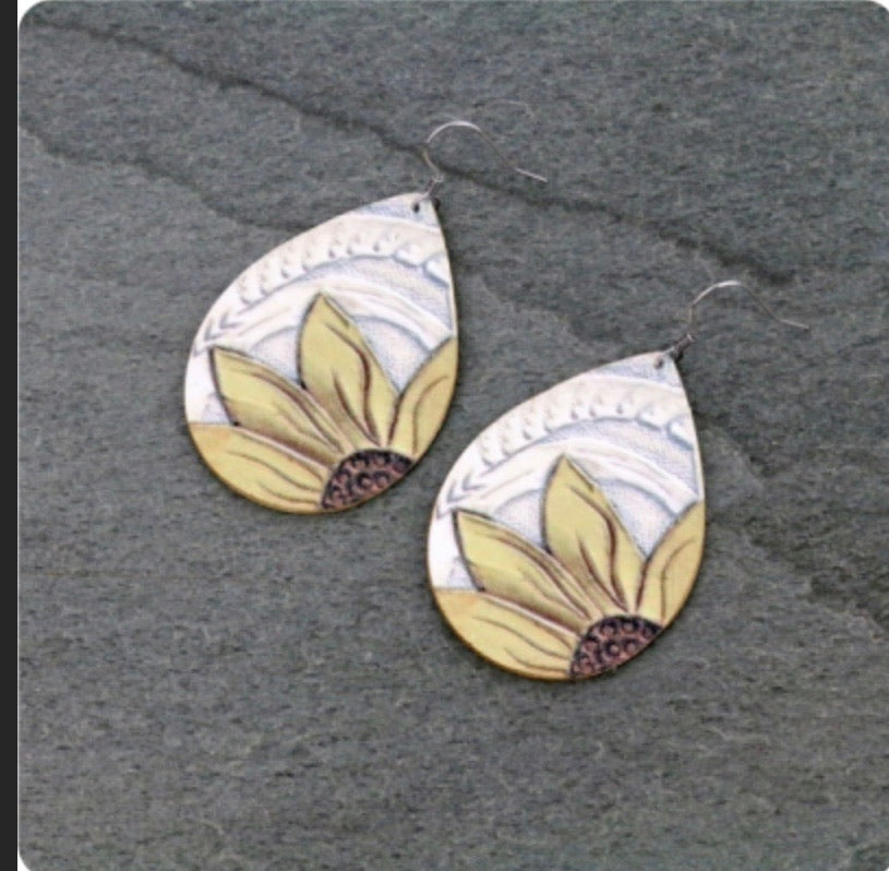 White sunflower earrings
