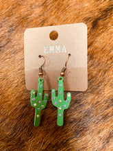 Load image into Gallery viewer, Green cactus earrings