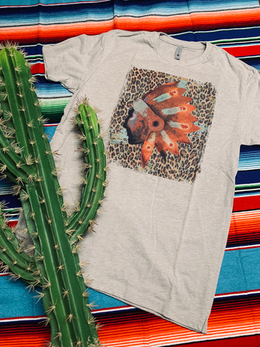 Beautiful headdress leopard tee