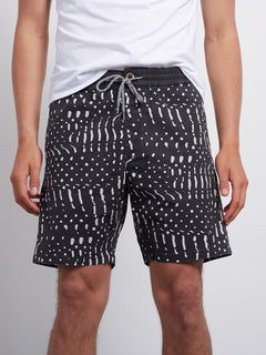 Nowhere Short - Black