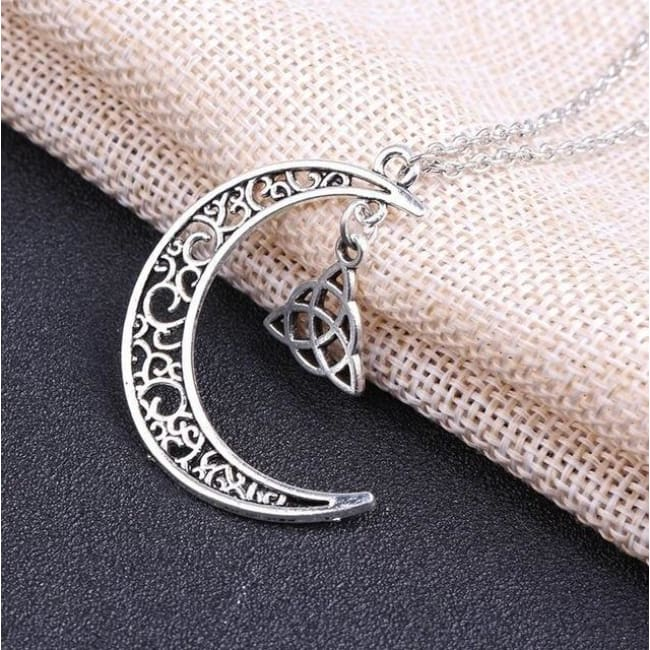 GOTHIC SUPERNATURAL MOON CELTIC KNOT AMULET NECKLACE PENDANT-Rebellious Creatures