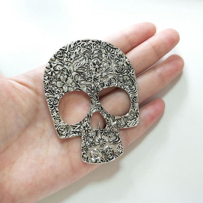 Large Skull Pendant Necklace