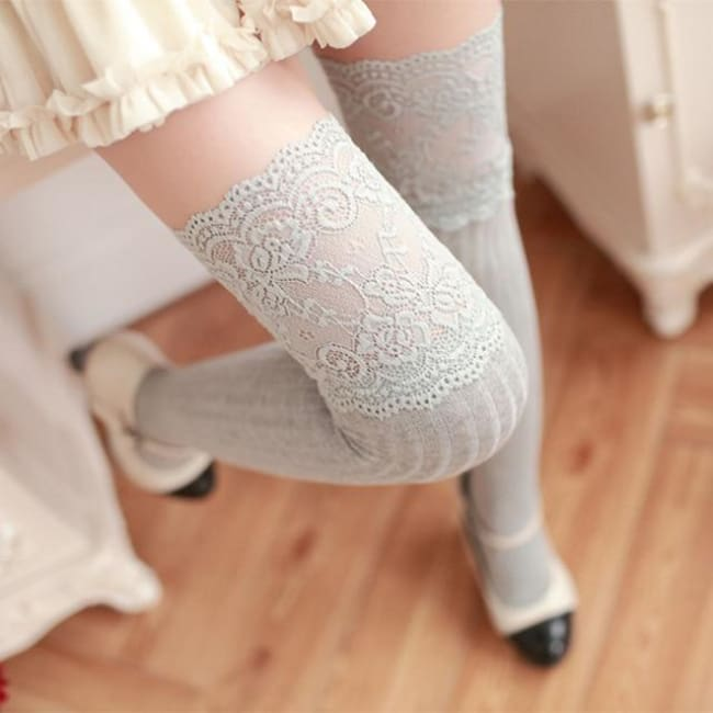 SEXY FLORAL LACE THIGH LENGTH STOCKINGS-Rebellious Creatures