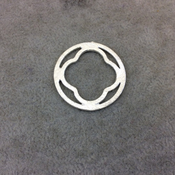 30mm Silver Brushed Finish Circular Quatrefoil Shaped Plated Copper Components - Sold in Pre-Counted Bulk Packs of 10 Pieces - (072-SV)