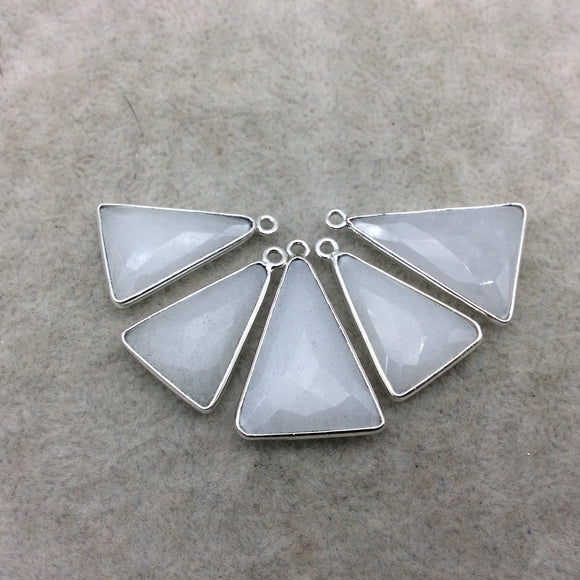 Silver Plated Natural White Beryl Faceted Arrow/Triangle Shaped Copper Bezel Pendant - Measures 18mm x 20-25mm - Sold Individually, Random