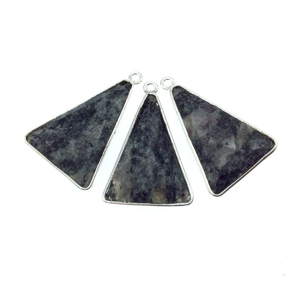 Silver Finish Faceted Black Feldspar Triangle Shaped Bezel Pendant Component - Measuring 20mm x 25mm - Natural Semi-precious Gemstone