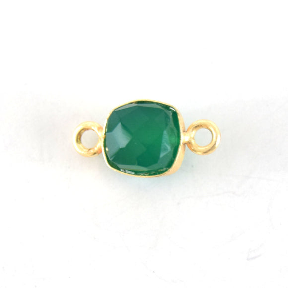7-8mm Gold Finish Faceted Green Onyx Cube/Square Shaped Plated Copper Bezel Connector