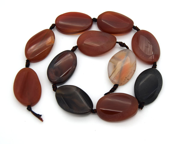 30mm x 20mm Natural Red/Brown Banded Agate Wavy Oval Shaped Beads (Approx. 15
