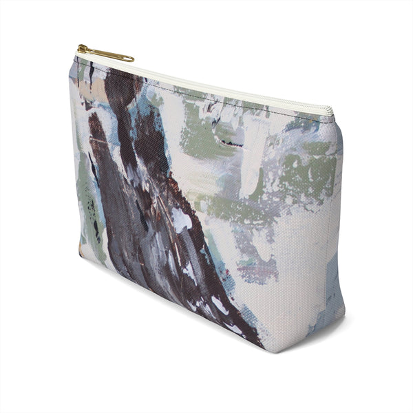 Accessory Pouch w T-bottom.The Messenger. Cardinal in Flight.