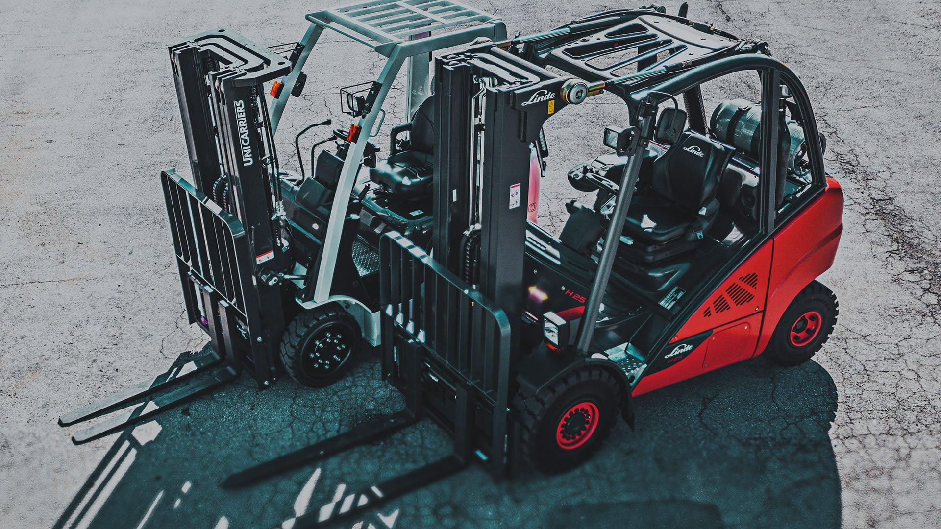 Forklifts & Pickers