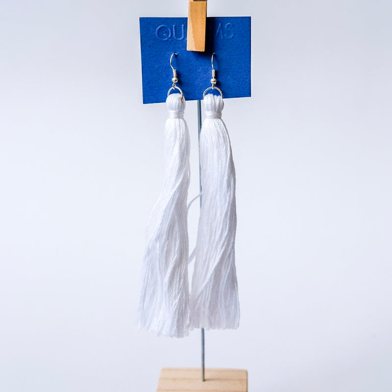 Long white tassels earrings - Qualms