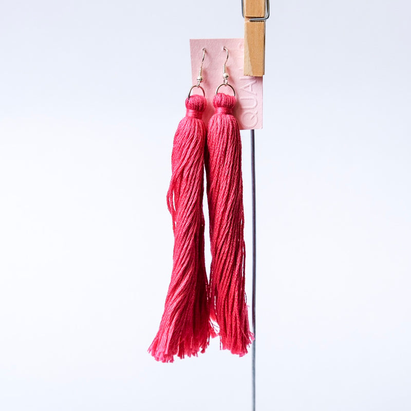 Long bright pink tassels earrings - Qualms