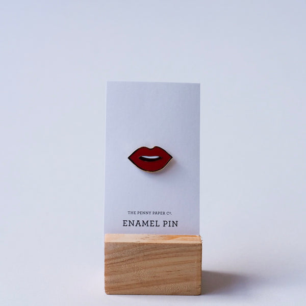 Lips Enamel Pins