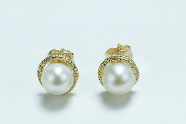 Solid 14K Yellow Gold Pearl Earrings - piper-and-dune - Jewelry