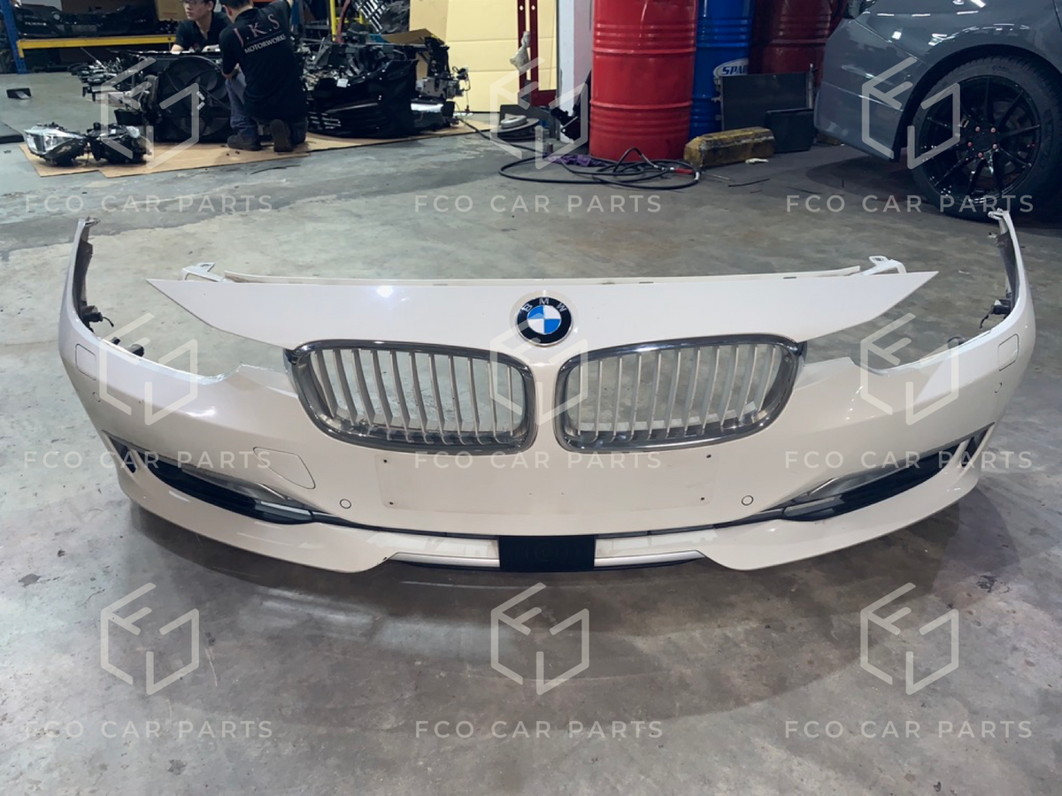 Used Genuine BMW F30/F31 Front Bumper (Quality B) 51117293017 + Parking  Sensors + Front Grilles