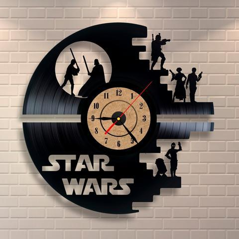 STAR WARS VINYL CLOCK - SAVE 50% TODAY - Wolrdiscounts