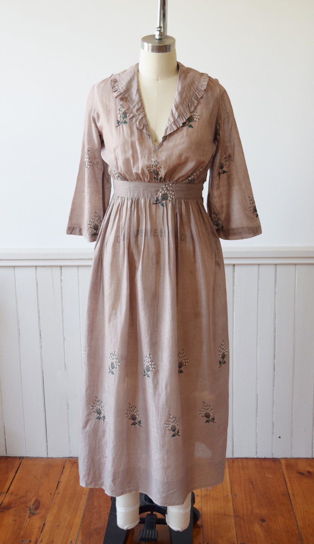 Antique Dove Grey Embroidered Dress | C. 1910 | XS/P