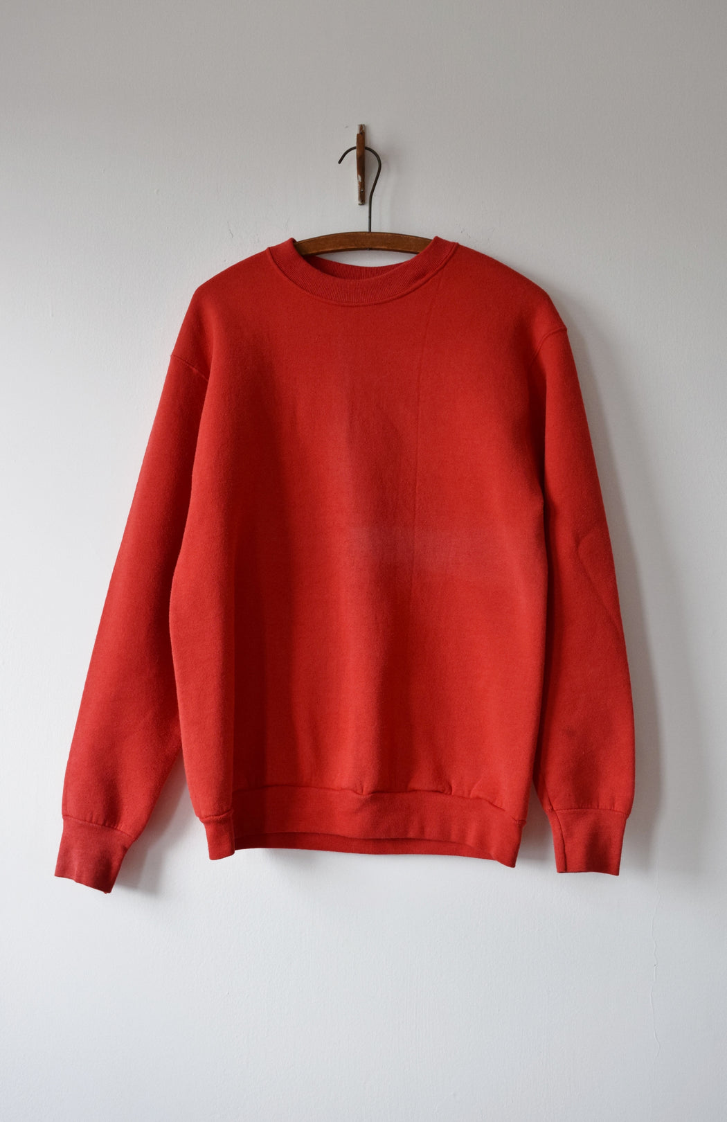 1980s Classic Crewneck in Faded Red | M/L