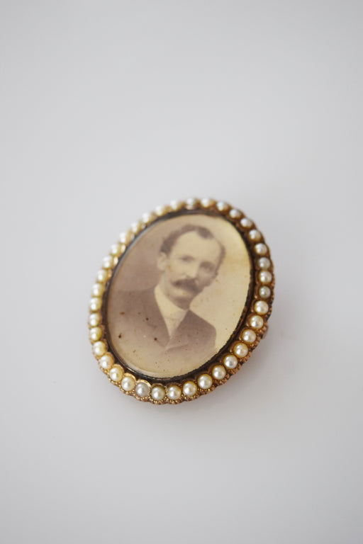 Victorian 14kt Gold and Pearl Portrait Brooch